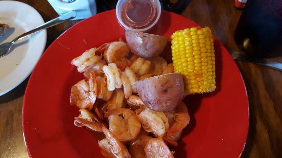 Broussard, LA: The boiled shrimp is perfection!
