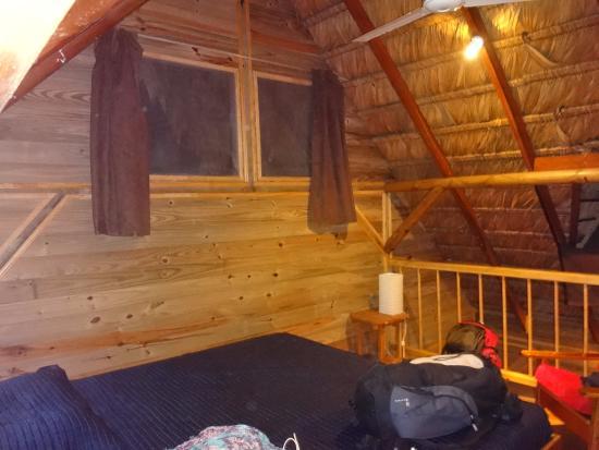 Bugabutik: Chambre en mezzanine avec lit XXXL