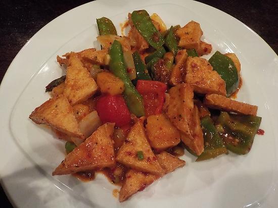 Cleveland, TN: Red Thai Tofu Curry