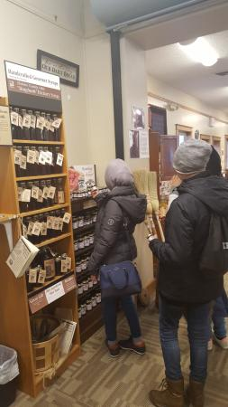 Berlin, OH: Students shopping!