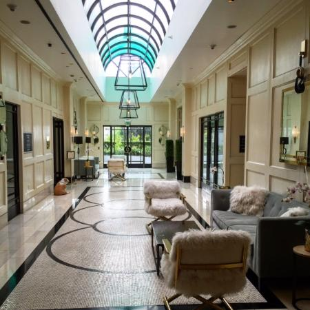 Glitterati Tours: The luxurious London Hotel in West Hollywood is steps away from Beverly Hills and fantastic rest