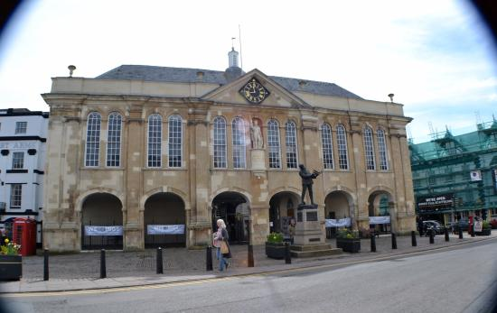 ‪Shire Hall Monmouth‬