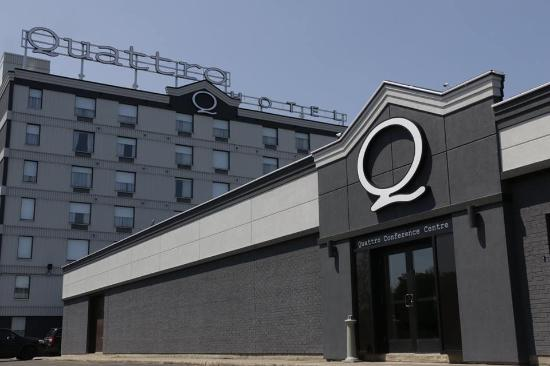 Quattro Hotel & Conf. Centre, an Ascend Hotel Collection Member: Q Skyline