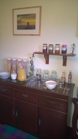 Serendipity Bed and Breakfast: petit-déjeuner, confitures maison !!