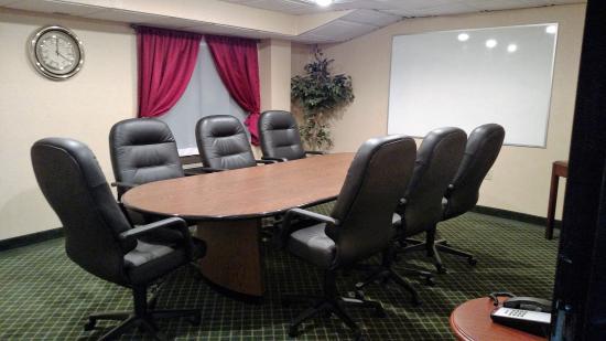 Fireside Inn & Suites - Nashua : Meeting Room