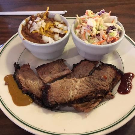 Cloverdale, CA: Brisket plate with chili (left) and coleslaw (right)