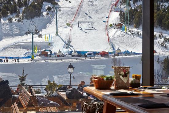 Restaurante Sol i Neu Club Hermitage