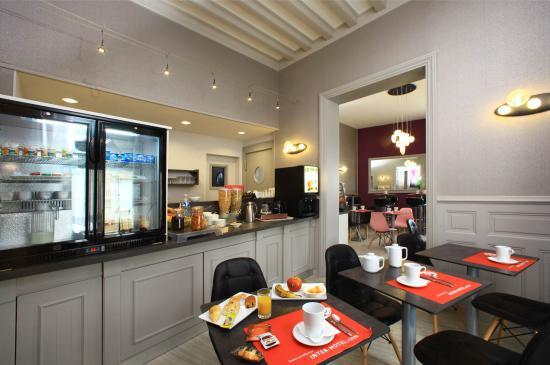 Inter-Hotel Saint Martial : Buffet petit déjeuner