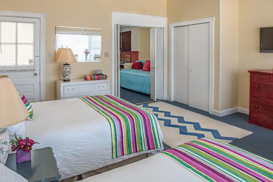 Windward at the Beach - two room suite 1