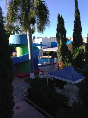Hotel York: view of the pool area from an upstairs room balcony