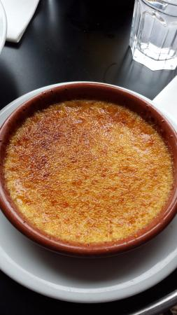 Les Voyelles: creme brulèe buona
