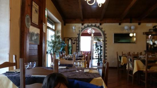 interno ristorante - Picture of Il Toscano, Bagno di Romagna ...