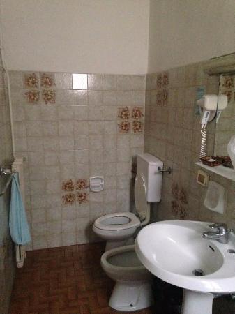 Hotel Piccadilly: Un solo asciugamano a persona