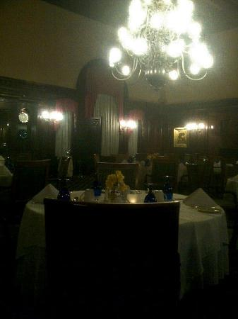 gracious old world dining room with high beamed ceilings picture rh tripadvisor com