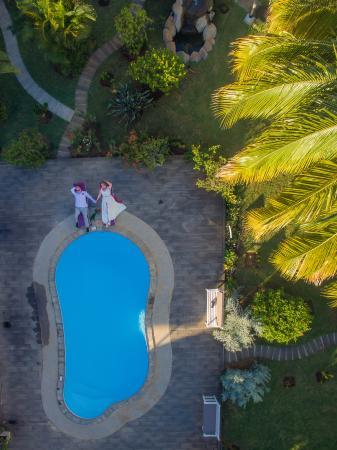 Grande Riviere Noire: nasz ślub w La Mariposa - zdjęcie w ogrodzie
