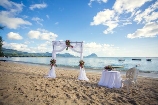 Grande Riviere Noire: ślub na na plaży w La Mariposa