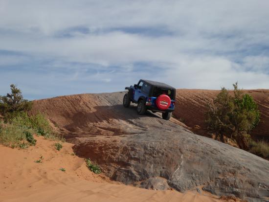 Cliffhanger Jeep Rental