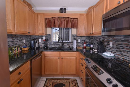 Whispering Pines Condominiums: WP552 Kitchen with Granite & Stainless Steel