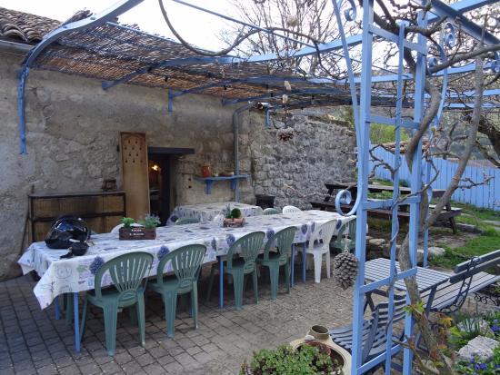 Le Chanelou : terrasse
