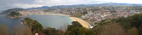 Hotel Avenida: Muy cerca de Igueldo, donde las vistas son extraordinarias :)