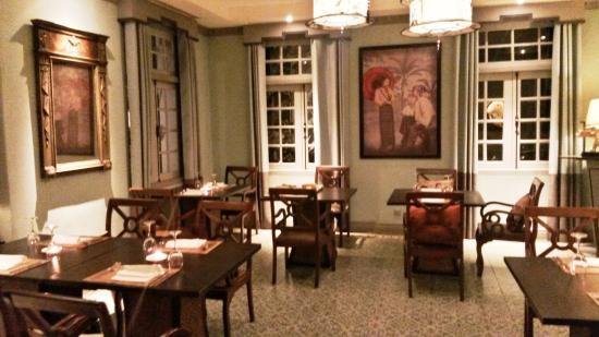 Una delle tante sale da pranzo appartate - Picture of Le Planteur ...