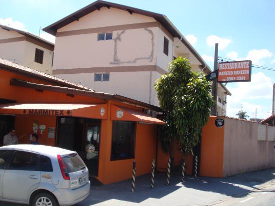 Jacarei, SP: Rancho Mineiro- Entrada
