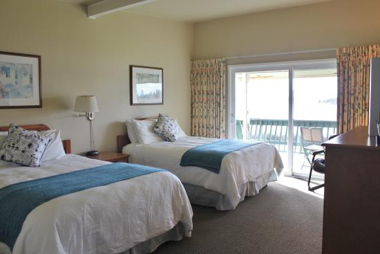 Lopez Islander Resort: Double Queen Room with sunset deck!