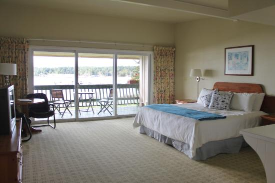 Lopez Islander Resort: Single King room with sunset deck!