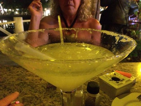 Hippos Marina Lounge: The Gigantic Margarita!!!