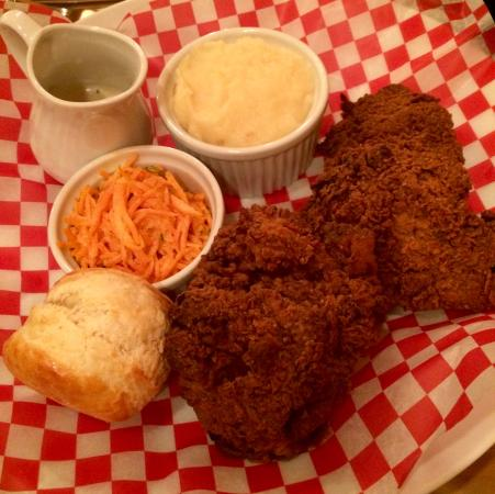 Creemore, Canadá: Fried Chicken
