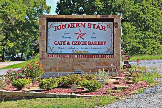 Centerville, TX: Broken Star