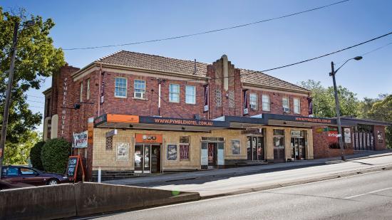 Pymble, Australia: Hotel Exterior