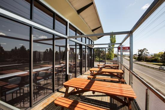 Riverside, Austrália: Deck