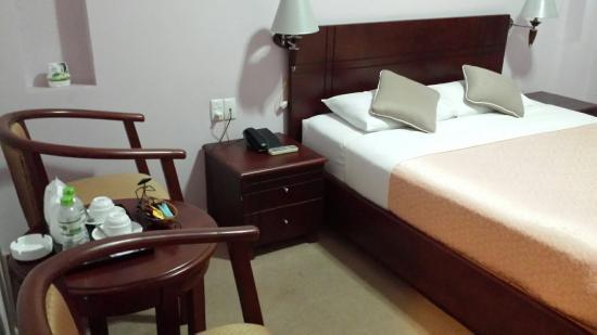 Chau Pho Hotel: 20160418_171432_large.jpg