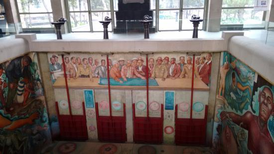 Museo del Carcamo de Dolores: Фрески Риверы