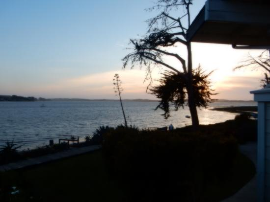 Baywood Park, CA: Sunset from the balcony of room 208.