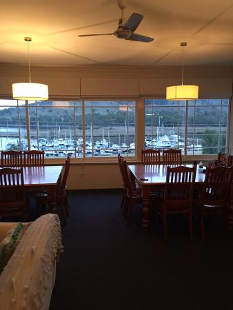 Port Huon, Αυστραλία: Guest Lounge upstairs view of Marina