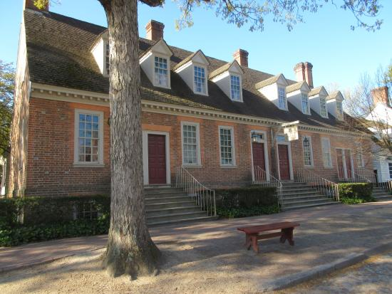 hotel building picture of colonial houses colonial williamsburg rh tripadvisor com