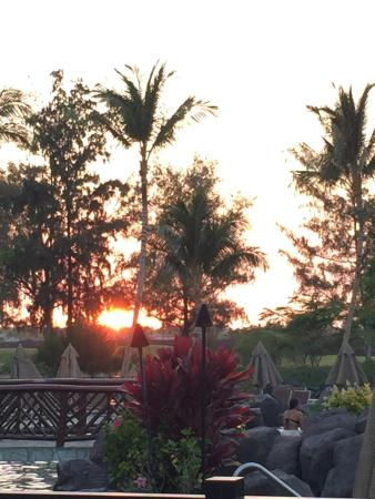 One Week Stay at Kings Land ~ daily bracelet collecting, pools, free hula lessons, game room, wi