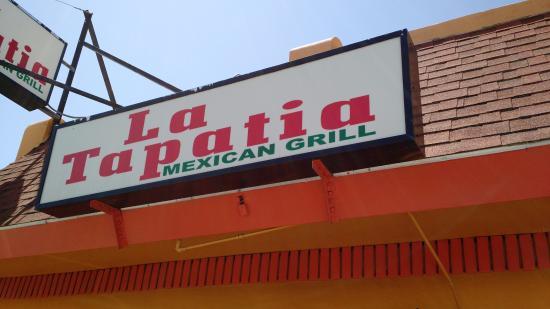 La Tapatia: Front