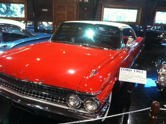 ford 1961 picture of museu do automovel hollywood dream cars rh tripadvisor co za