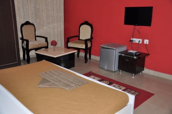 Cosy Banjara: Executive Suite