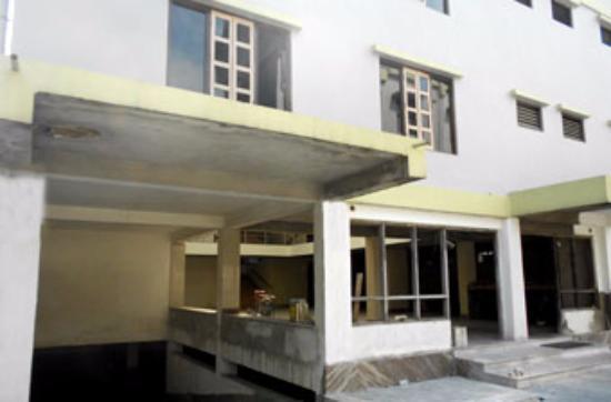 Bagdogra, Índia: Exterior Hotel
