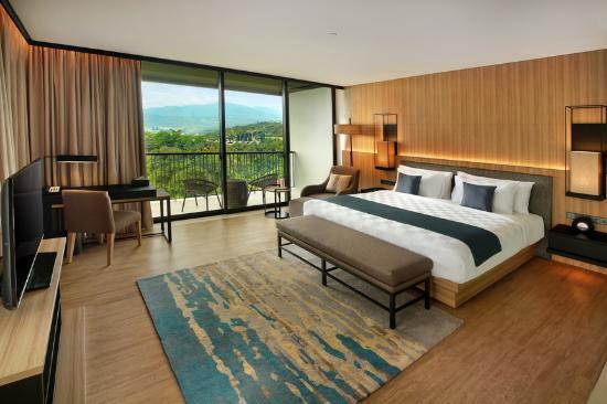 studio room picture of royal tulip gunung geulis resort and golf rh tripadvisor com