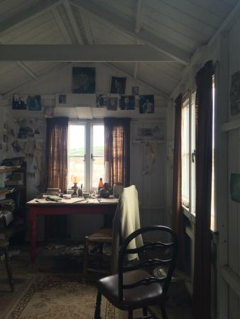 Llandovery, UK: Visit to the home of Dylan Thomas