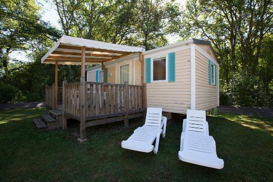 Saint-Antoine-d'Auberoche, France: Mobil Home Iris 4 pers. - Camping La Pélonie*** Dordogne