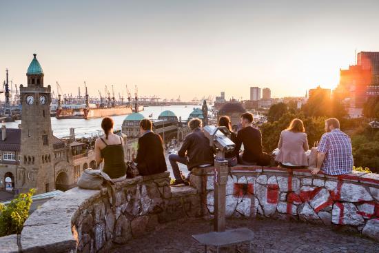 Hamburg, Tyskland: Landungsbruecken