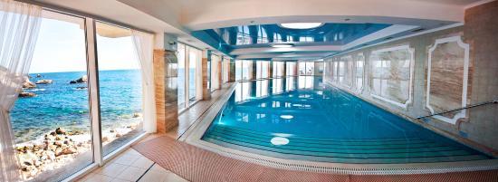 Laspi: Отдых в Крыму, Ласпи. Отель Бухта Мечты. Закрытый бассейн с морской водой