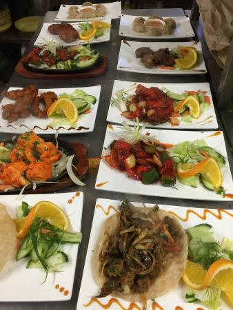 Mount Gurkha: Happy customer with delicious food