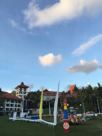 Bintan Lagoon Resort: outdoor playground